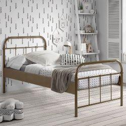Betten aus Metall