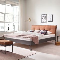 Doppelbett Bastos 160x200 mit Haarnadelfüßen - cognac/grau
