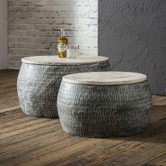 Couchtisch set bestehend aus 2 runden Stahl Tische von Ø50cm und Ø60cm mit patiniert massiver Mangoholz Tischplatte. Tische sind zusammen verpackt - Grau