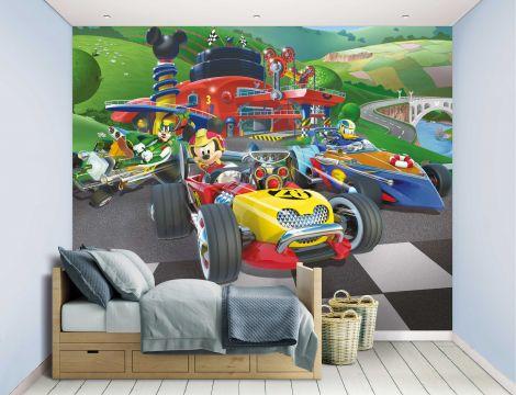 Kindertapete Mickey Maus Roadster Rennfahrer